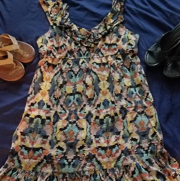 Blu Sage Dresses & Skirts - Multiprint tribal/Aztec/geo pattern midi dress